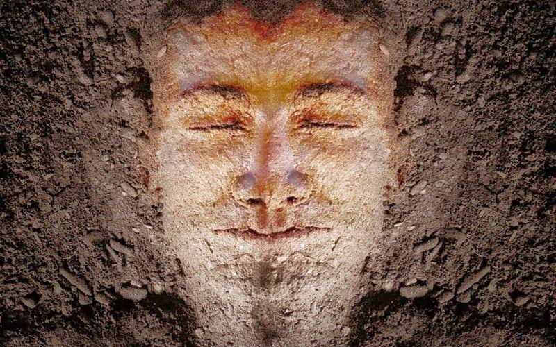 hombre-formado-tierra-20150528113733